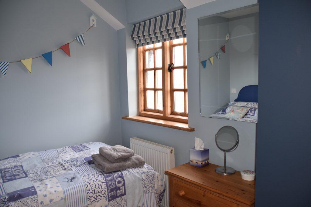 Coastguard Cottage Twin Bedroom 3