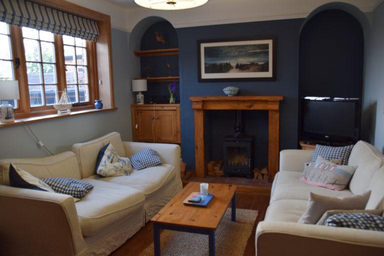 Coastguard Cottage Lounge 1