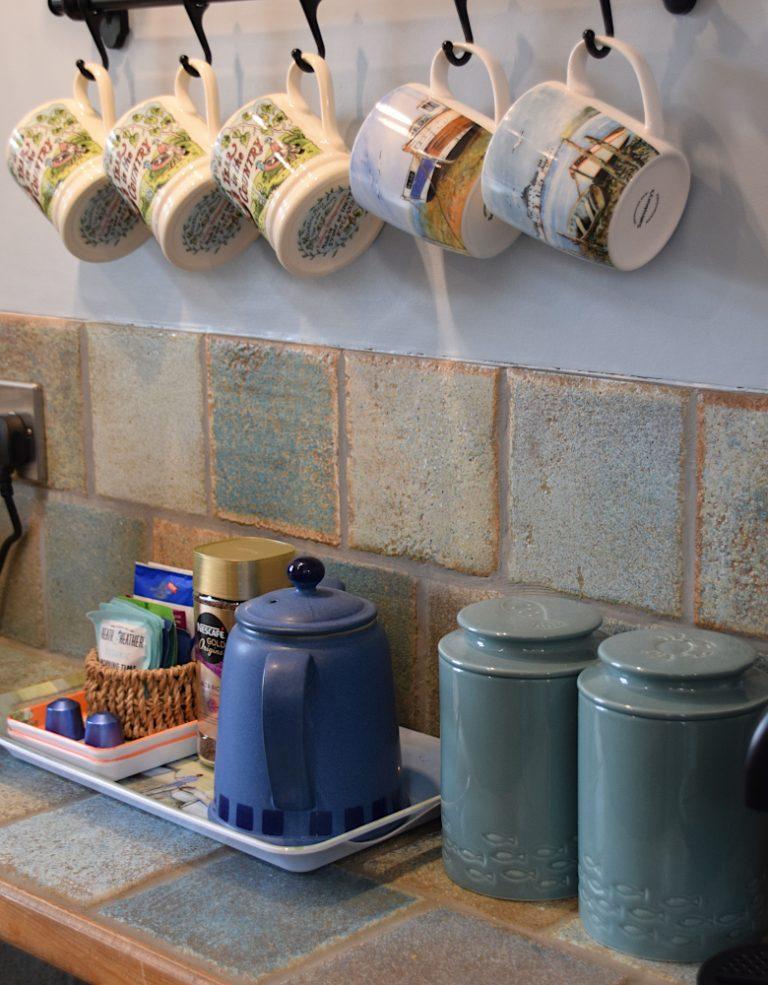 Coastguard Cottage kitchen cups