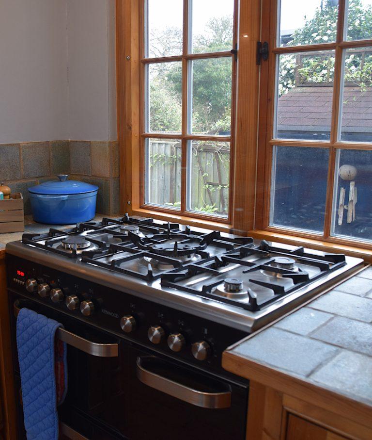 Coastguard Cottage range cooker